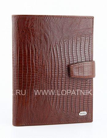 Обложка для паспорта и автодокументов PETEK 596.041.02Обложки для автодокументов<br>Обложка для паспорта и автодокументов из натуральной кожи великолепной выделки. Практичная и удобная модель для тех, кто предпочитает все необходимое хранить в одном месте. Внутри обложка имеет специальное отделение для паспорта, вынимающийся блок из прозрачного пластика для автодокументов. Обложка застегивается на кнопку.<br>Материал: Натуральная кожа; Цвет: Коричневый; Пол: Мужской; Артикул: 596.041.02;