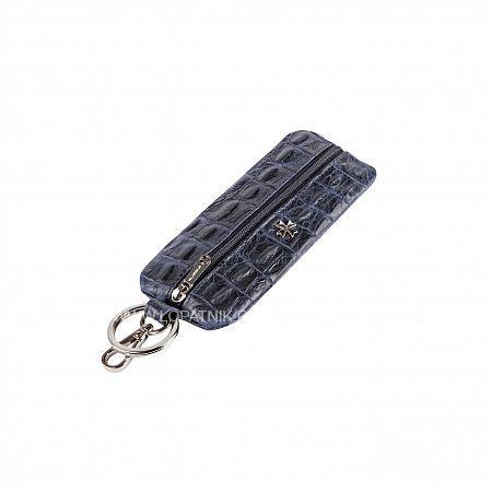 Ключница VASHERON 9275-N.CROCO D.BLUEКлючницы<br>Футляр для ключей из натуральной телячьей кожи на молнии с карабином и кольцом для ключей. Внутри кольцо для ключей на кожаном ремешке. Подходит для длинных ключей.<br>Материал: Натуральная кожа; Цвет: Синий; Пол: Мужской; Артикул: 9275-N.Croco D.Blue;